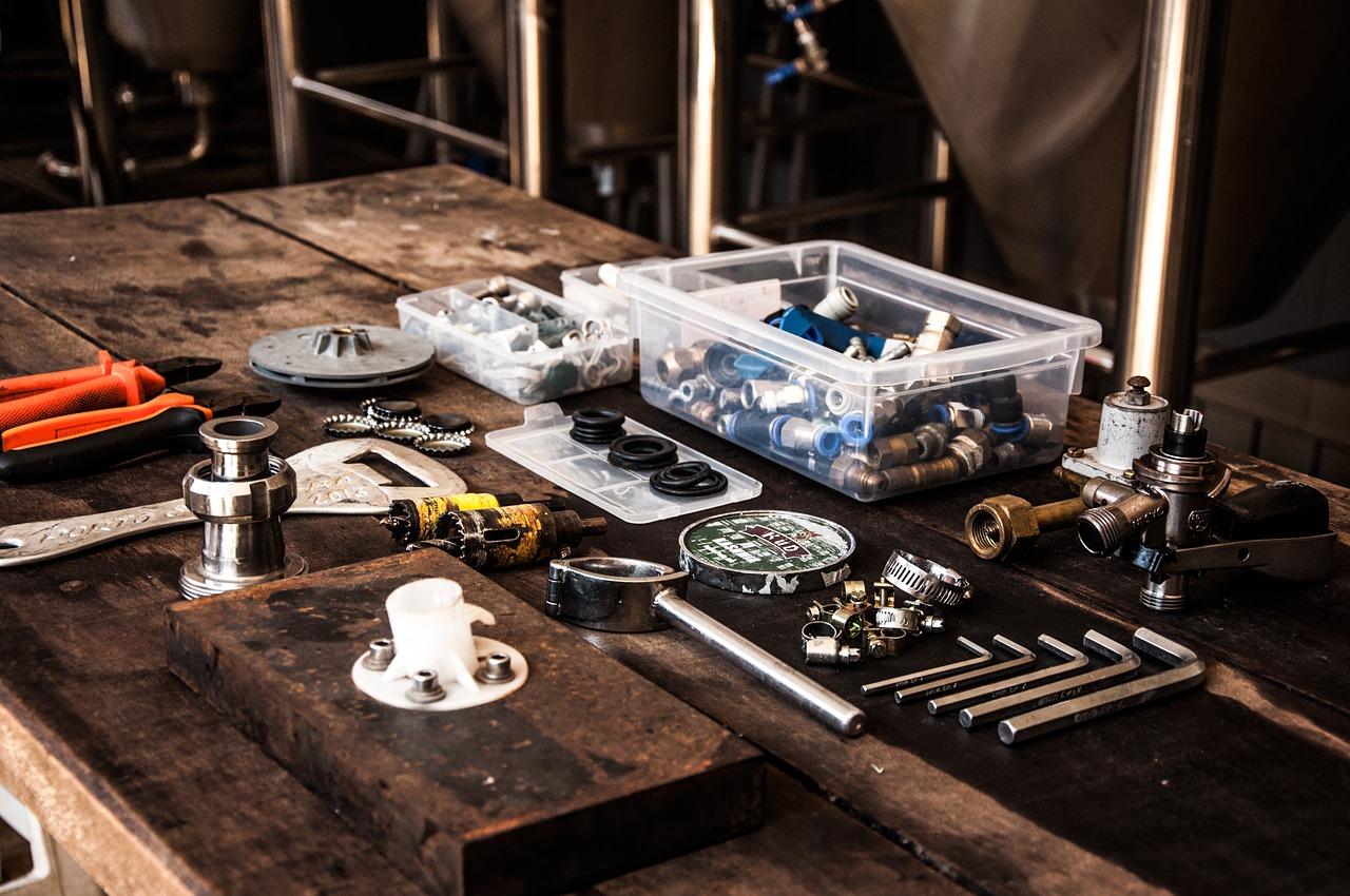 tools-1209300_1280